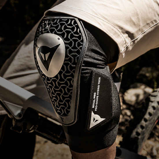 Dainese Rival Pro Knee Guards