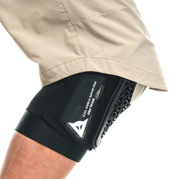 RIVAL PRO KNEE GUARDS BLACK- Made to pedal
