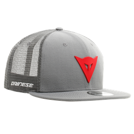 DAINESE 9FIFTY TRUCKER SNAPBACK CAP  GREY/RED- Zubehör