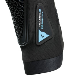 TRAIL SKINS AIR KNEE GUARDS BLACK- Genoux